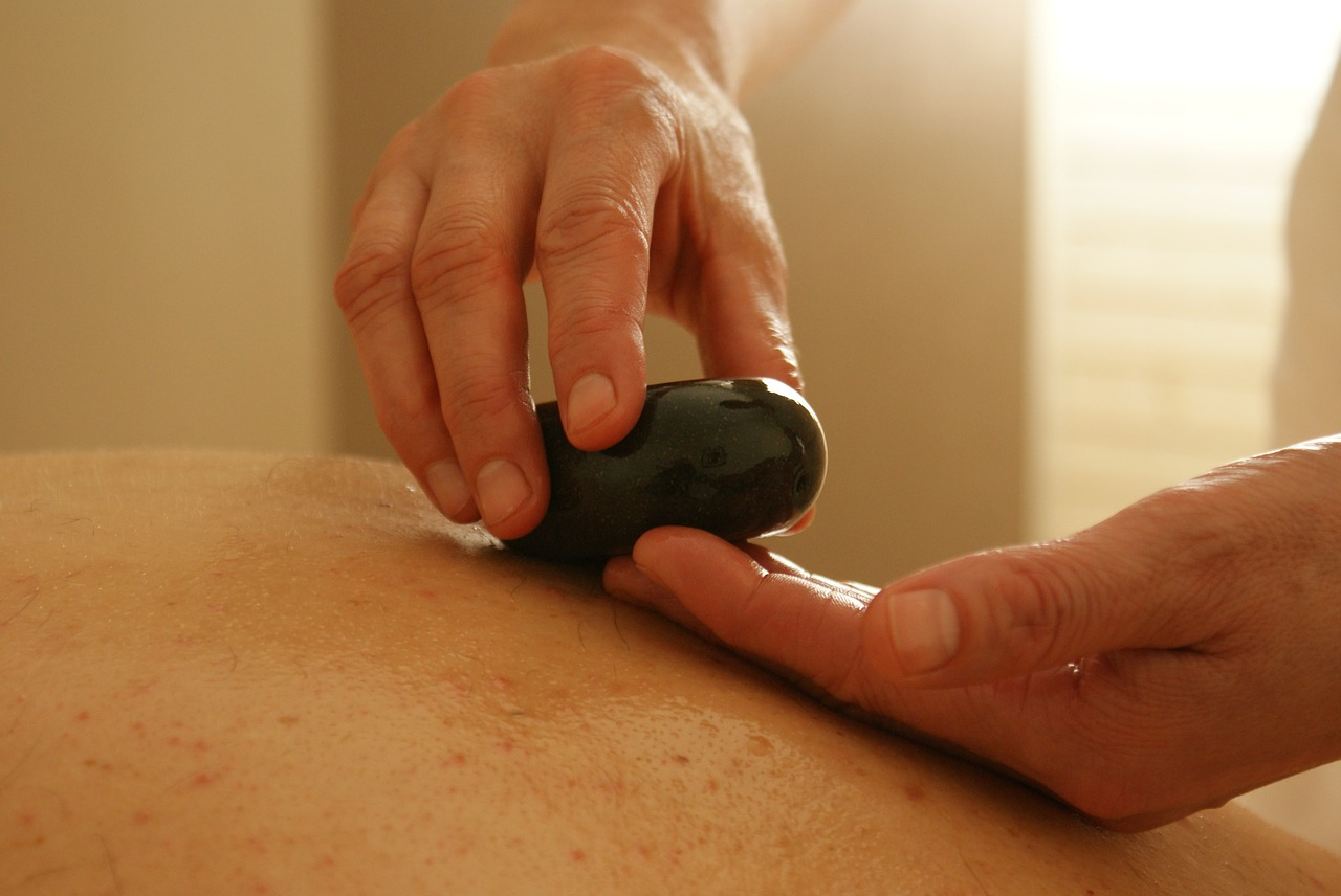 massage-389719_1280