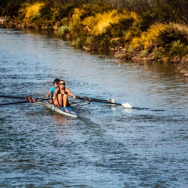 rowing-898008_640